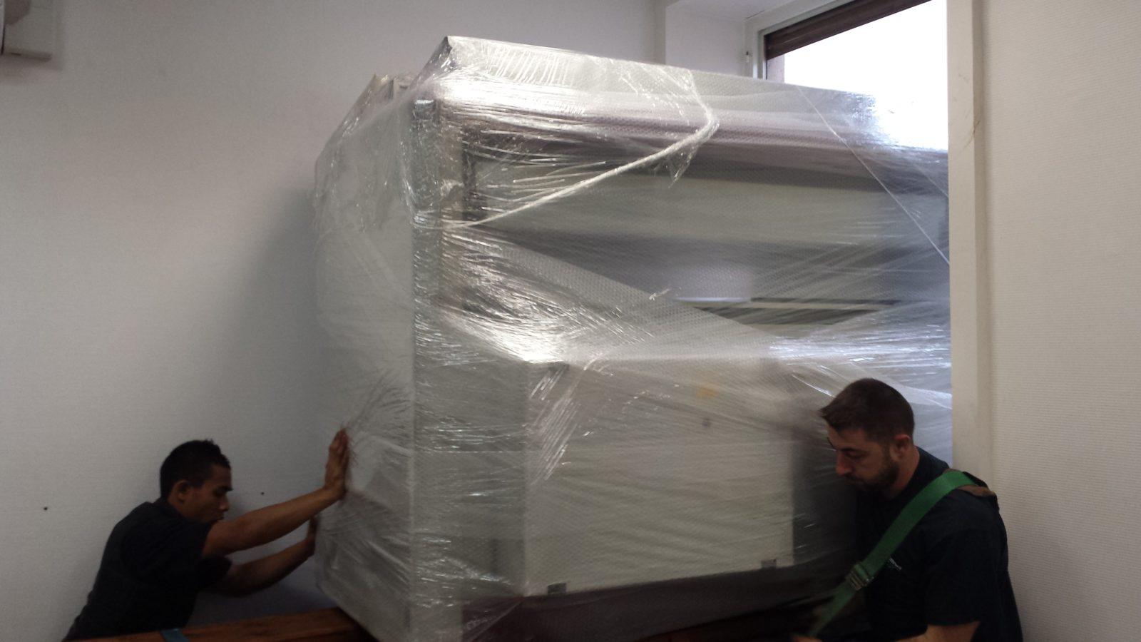 Transports Garcia déménage un photocopieur